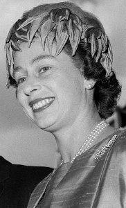 Queen Elizabeth, 1963 | Royal Hats