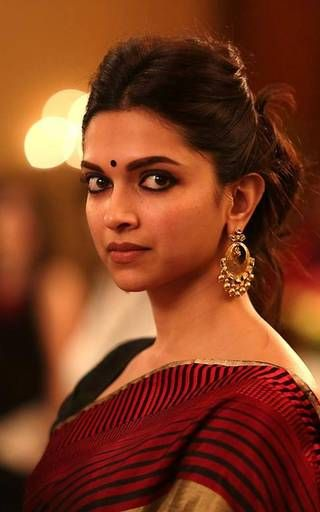 deepika for piku5.jpg