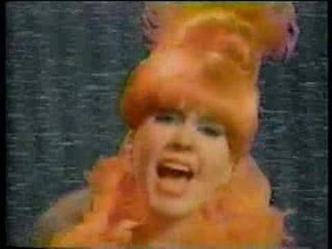 ▶ B-52's Rock Lobster - YouTube