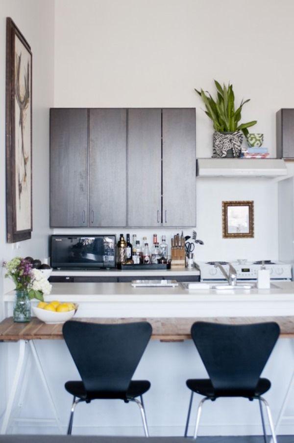 インテリアデザイナーの隠れ家がかっこいい。シカゴのモダンアパート。インテリアデザイナーShelby Girardの自宅アパート。 この家に引っ越す際に、昔から所有していた家具をそのまま持...