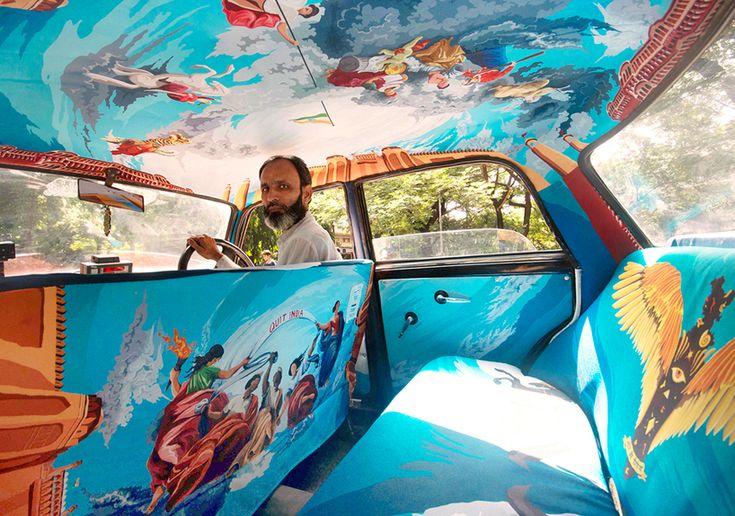 Artistas indianos embelezam táxis de Mumbai!