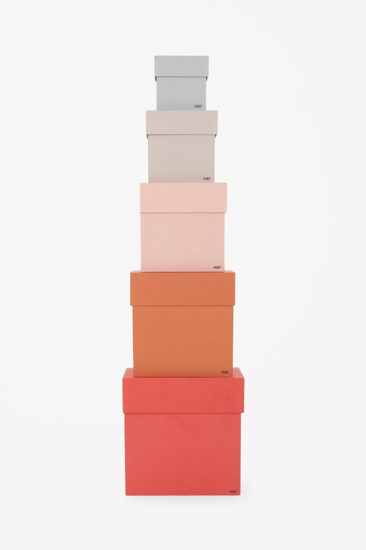 COS | Set of coloured boxes