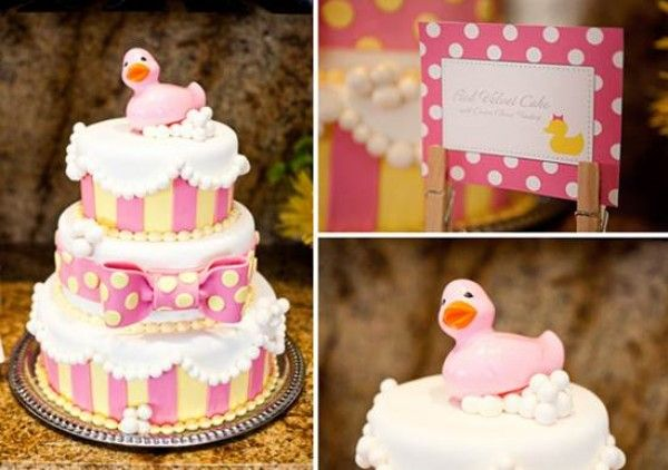 Lindo bolo! (nas cores turquesa, amarelo e rosa!)