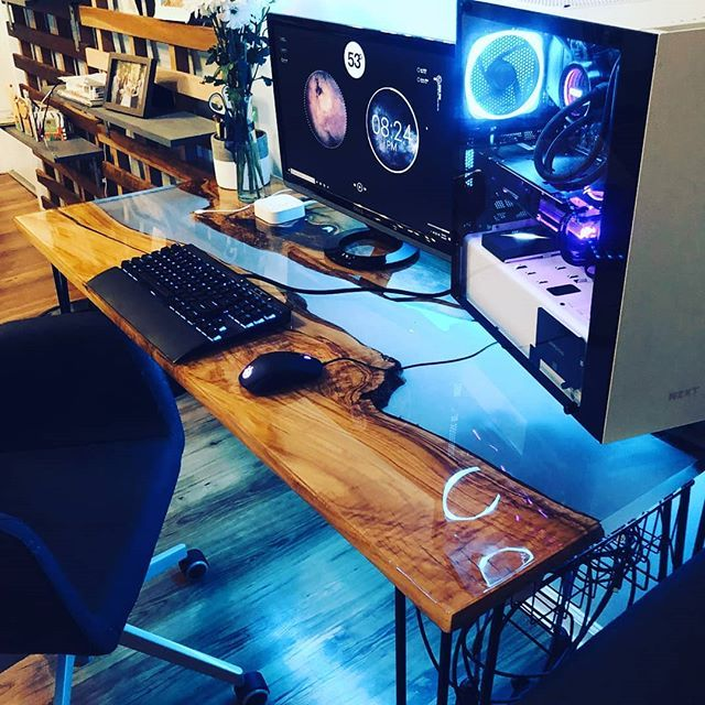 Checkout This Riverwood Desk Rate It 1 10 Follow Me For More Credit Reddit U Mawfo Checkout The Diy Computer Desk Custom Gaming Desk Gaming Computer Desk