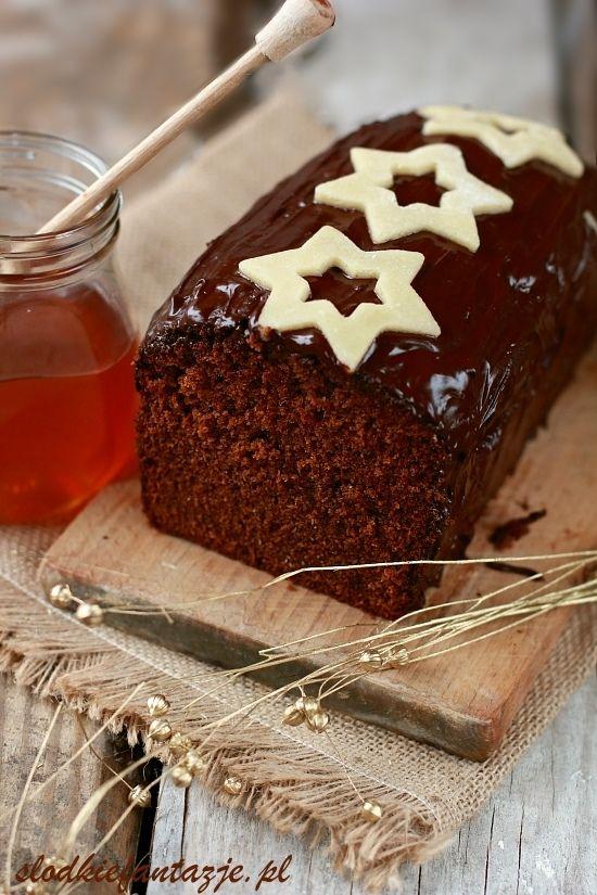 Pyszny miodownik czekoladowy, wilgotny, aromatyczny, idealny na święta!