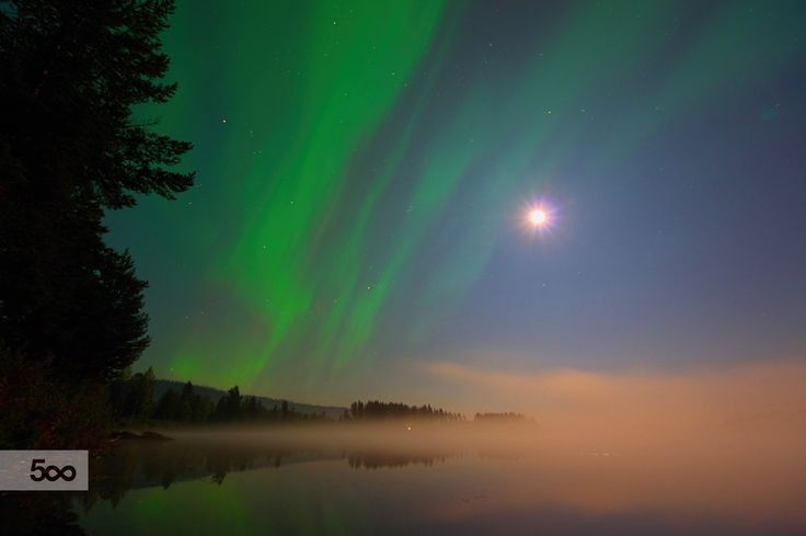 First Northern Lights of the year  from Sweden... (Taken with Astrotracer function at 13.09.2014)