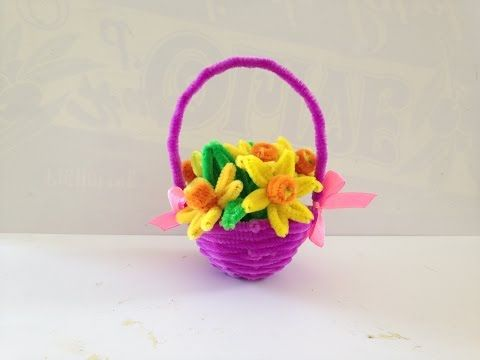 How to make a Pipe Cleaner Flower - YouTube