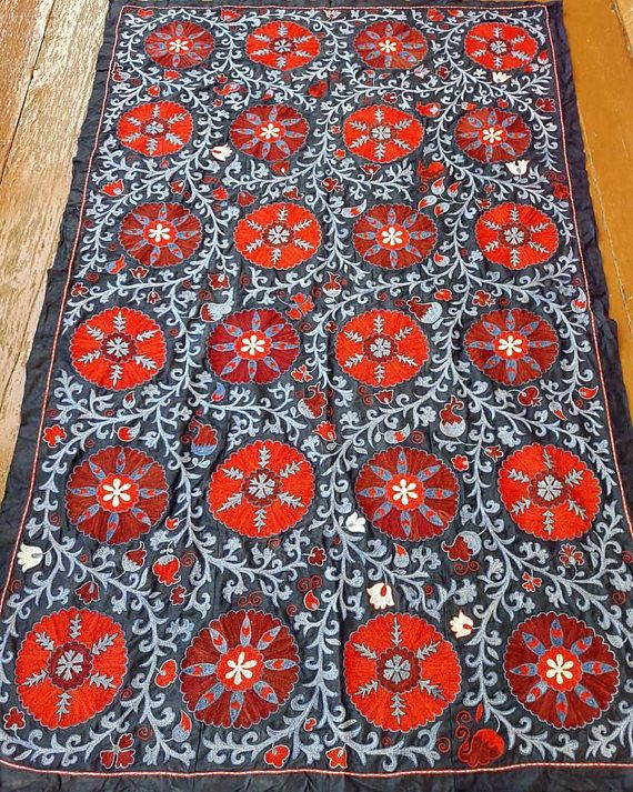 FREE SHIPPINGSuzani handmade from Uzbekistan.Tablecloth Wall