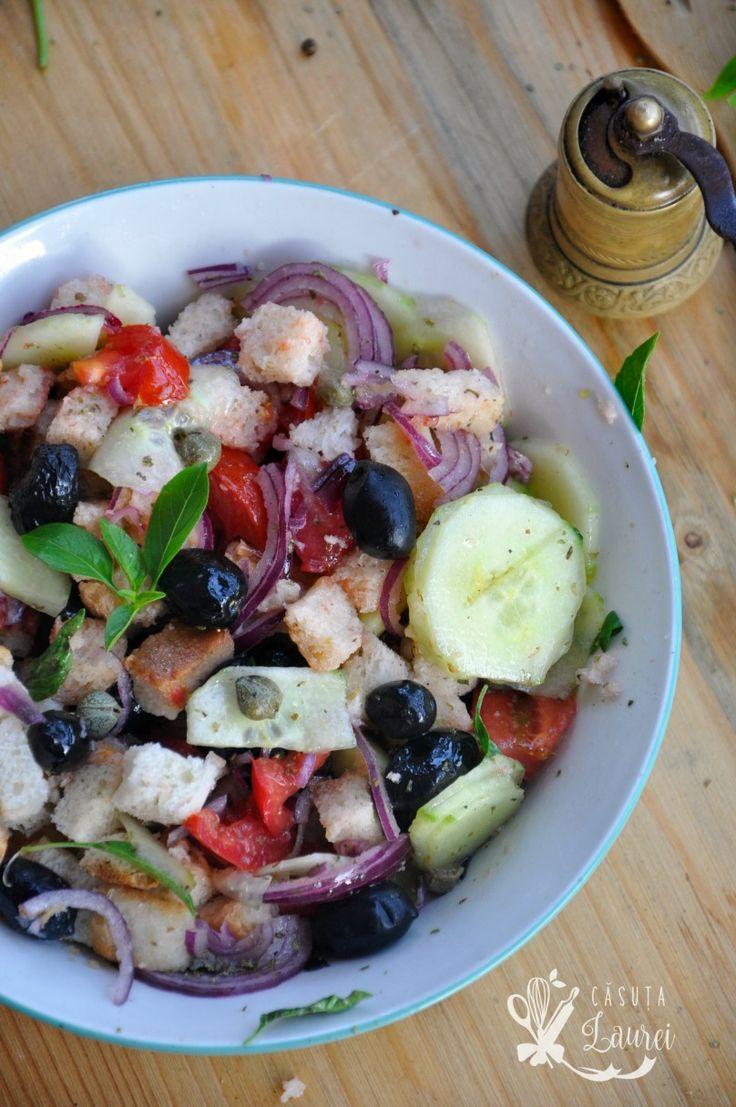 Salata Panzanella, reteta rustica italiana, savuroasa si foarte usor de facut