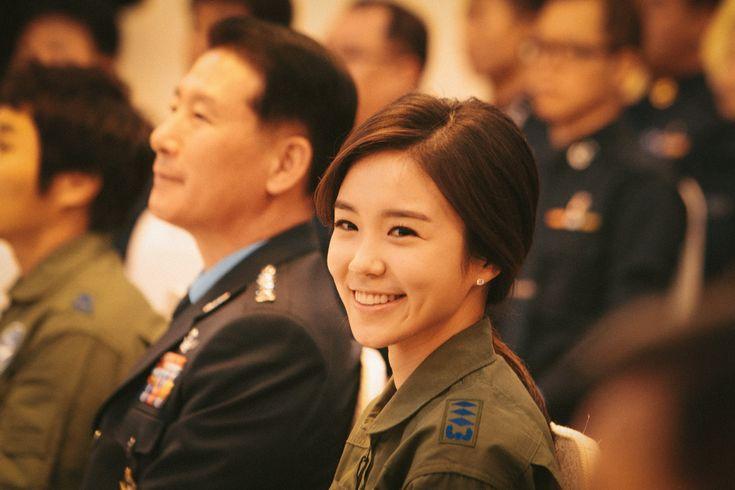 공군 홍보대사로 임명된 장예원 아나운서