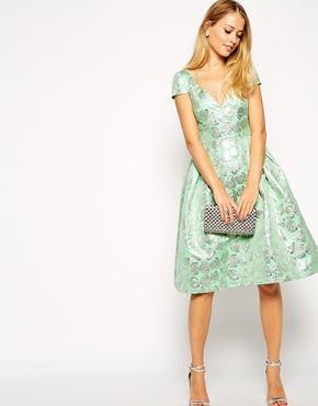 Perfect, feminine look from ASOS. Who doesn't love a prom dress? #stateofshoptop100