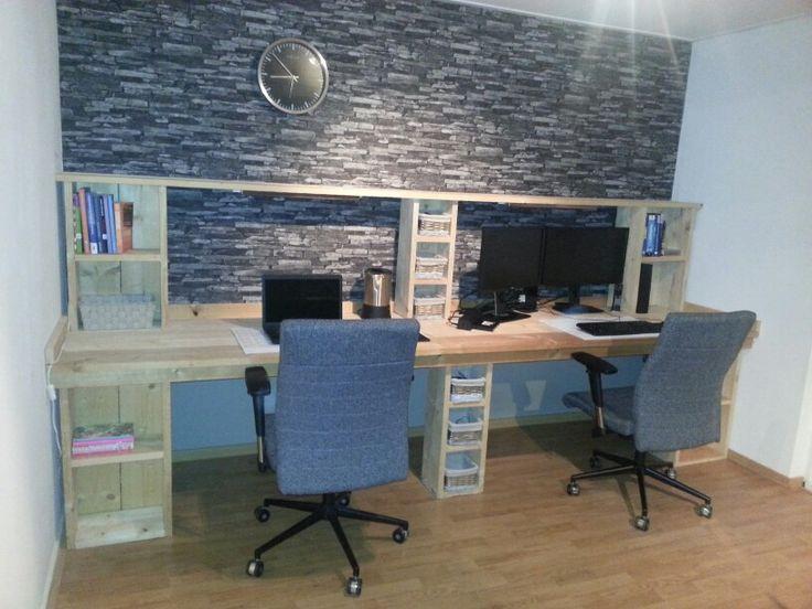 Bureau van steigerhout... zelf ontworpen en gemaakt!