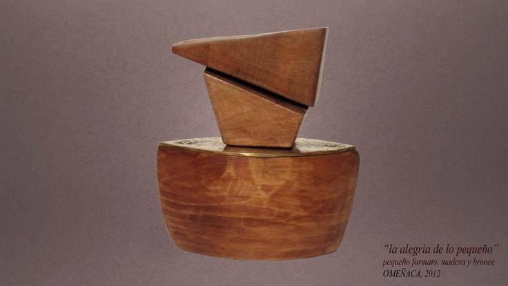 la alegria de lo pequeño, pequeño formato, bronce y madera, 2012