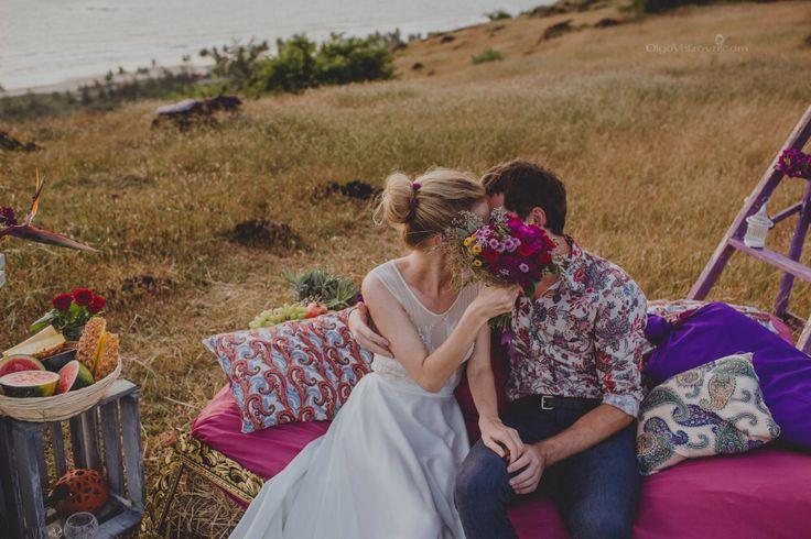 Bohemian wedding idea by goamoon.ru
