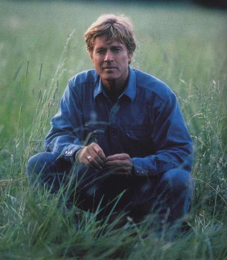 Robert Redford THE HORSE WHISPERER WAITING IN THE FIELD SO NICE