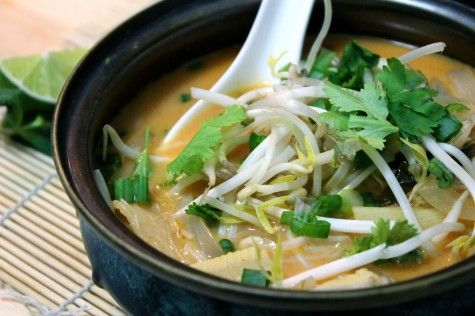 Thai Tom Yum Soup by sundayswithjennie: Full of flavor and heat.  #Soup #Tom_Yum