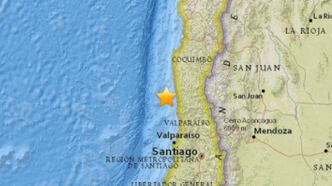 Fuerte sismo en Chile hizo temblar Mendoza, Catamarca y Buenos Aires   Chile El sismo de gran intensidad - 7,6 en la escala de Ritcher- duró más de 1 minuto y afectó a gran parte del país trasandino, así como a las dos provincias argentinas. Hay alerta de tsunami y evacuan las zonas afectadas.