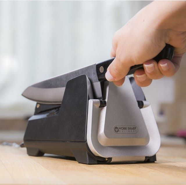 Giveaway Ends: 2018-04-25 Number of Prizes Available: 1 Max Entries Per Day: 1 Work Sharp Culinary E3 Knife Sharpener Review & Giveaway ~ https://steamykitchen.com