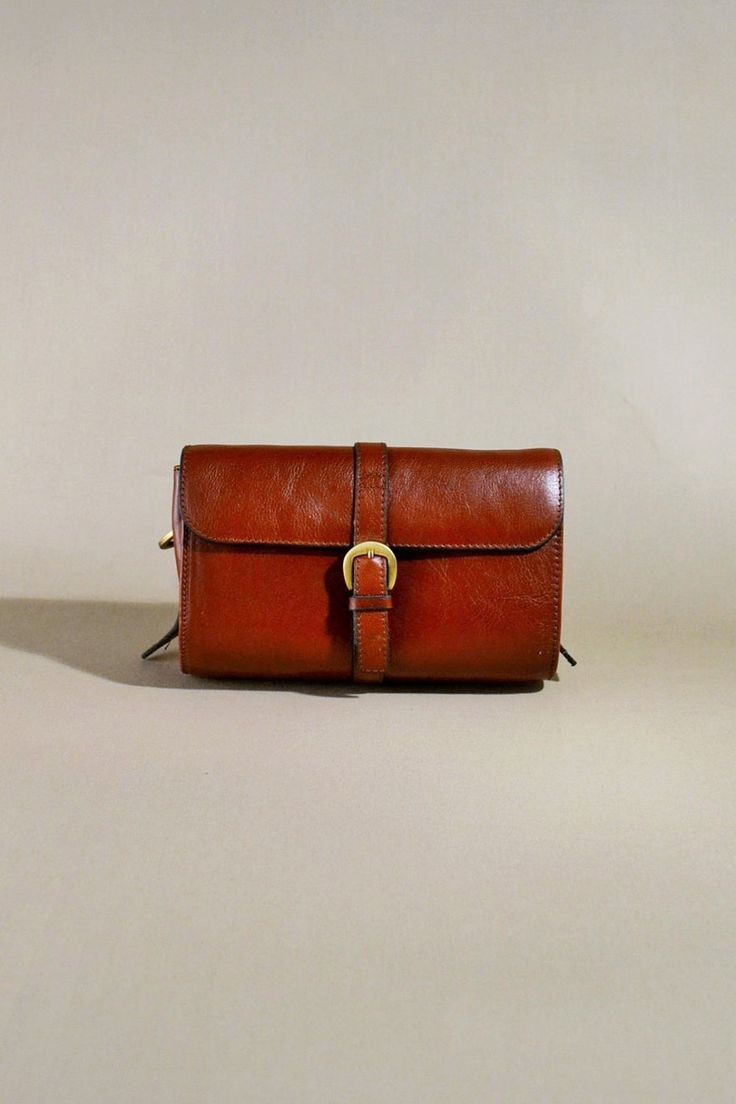 Original Vintage Brown Leather The Bridge Bag, Shoulderbag, Shoulderpurse door AllVintageBags op Etsy
