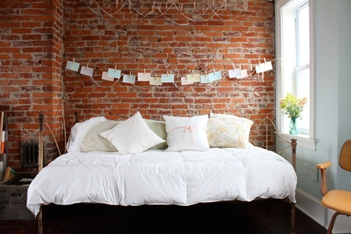such a big bed and such a fan of brick walls
