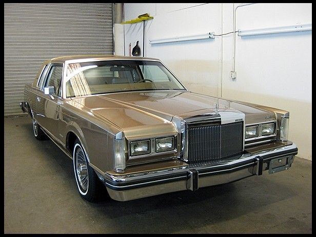 1981 lincoln town car coupe not sold high bid of 9000 cars i should have bought at auction. Black Bedroom Furniture Sets. Home Design Ideas
