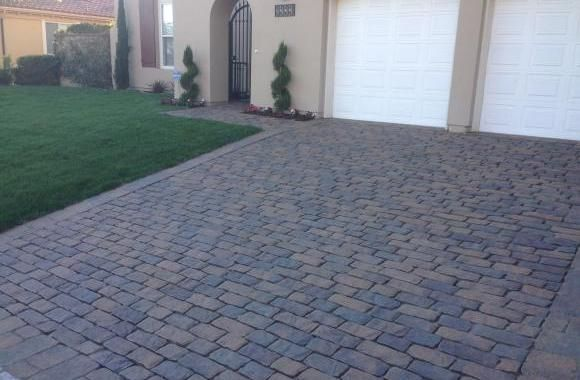 Any idea how much stump grinding cost? Let Ed Sawicki assist you. This professional also offers a variety of landscaping tasks including water feature installations. Click to get a free quote for this Los Angeles based stump grinding professional.