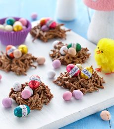 Cadbury Crunchy Milk Chocolate Easter Egg Nests Recipe
