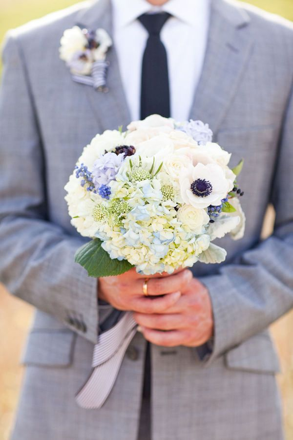 bouquet blanc et bleu assez doux