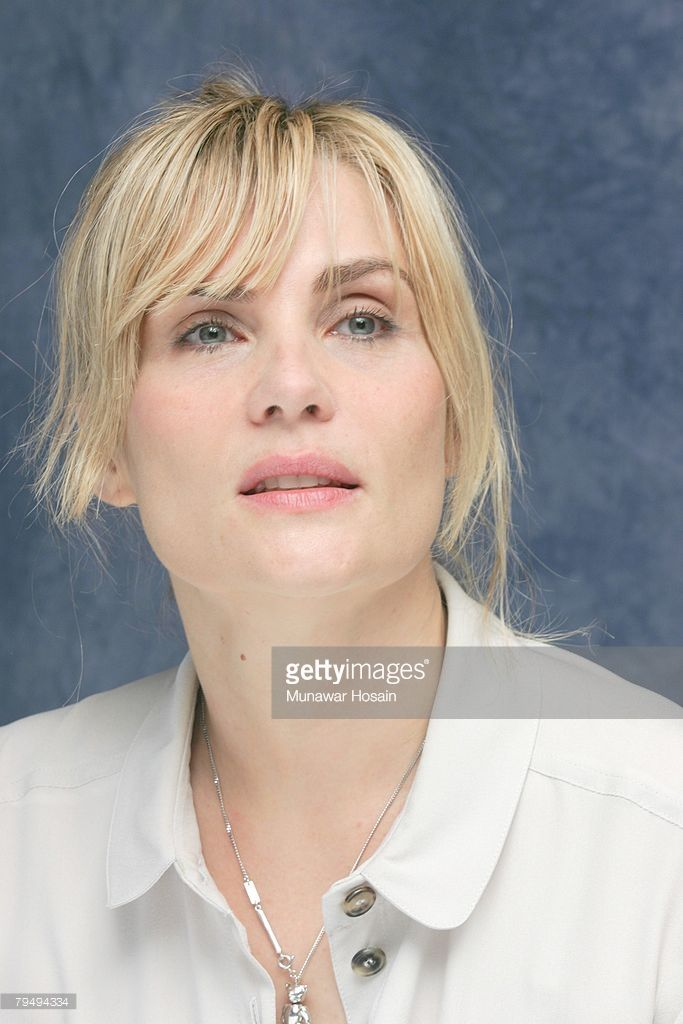 Actress Emmanuelle Seigner at the Four Seasons Hotel in Toronto, Canada on September 12th, 2007. (PHOTO BY MUNAWAR HOSAIN / FOTOS INTERNATIONAL / GETTY IMAGES) Reproduction by American tabloids is absolutely forbidden by our contracts with all agencies.