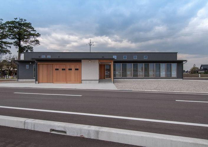 南砺市の家|砺波平野に建つ夫婦二人のための平屋住宅
