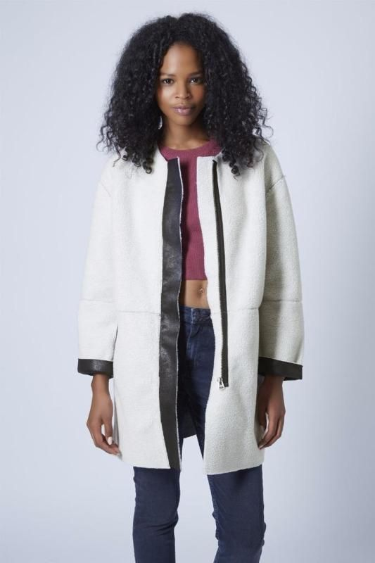 TOPSHOP OFF WHITE FAUX SHEARLING OVOID SHAPED COAT UK14/EUR42/US10 REF 11S16GOFF