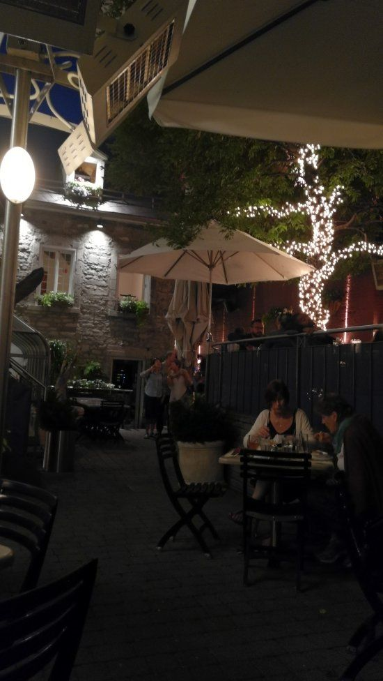 In old Montreal! Jardin Nelson, Montreal: See 1,951 unbiased reviews of Jardin Nelson, rated 4.5 of 5 on TripAdvisor and ranked #42 of 5,780 restaurants in Montreal.