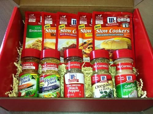 McCormick's has agreed to supply the McCormick Spices Gift Set seen above to one lucky win. Description from whatscookinglove.com. I searched for this on bing.com/images