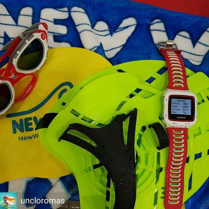 from @uncloromas . . Volvemos al agua y al vicio con las vacaciones!!!con un poco de dolor en el hombro operado..! #swimming #swim #water #pool #wet #sport #fit #swimsuit #fast #fun #swimmingpool #swimmer #watersport #watersports #blue #ripple #splash #pool #relaxing #floating #somuchfun #excerise #swimmers ... #NewWaveSwimBuoy #triathlon #swimbikerun #triathlete #tri #triathlontraining #trilife
