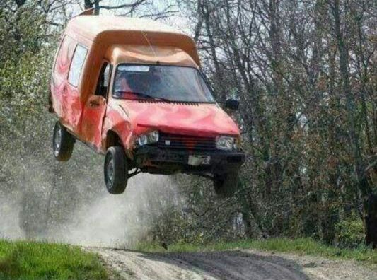 Oerdegelijk zo'n #Citroen C15 bestelwagen, wel zorgen dat de lading goed vast ligt! ;-)  We hebben er nog wel wat #onderdelen voor: http://bartebben.nl/onderdelen/citroen/c15.html  Extremely robust and reliable commercial van the Citroën C15, just make sure the load is carefully secured! ;-) We do stock some #parts for it: http://bartebben.com/parts/citroen/c15.html #jump #crash