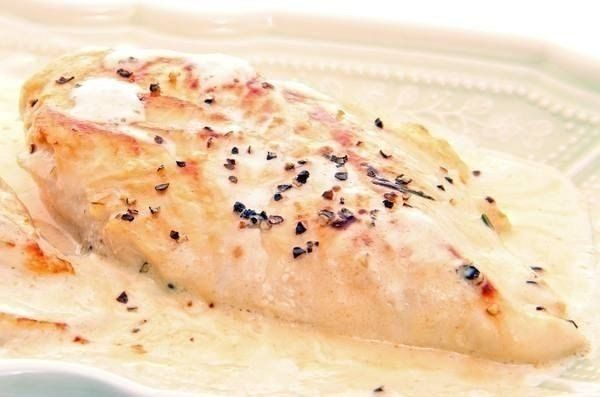Chicken in a cream sauce with spinach