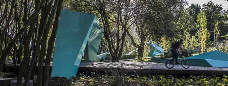 Completed in 2013 in Santo Tirso, Portugal. Images by Victor Esteves. Contemporary problems need contemporary solutions. The challenge brought forth by this project is one of them. To overcome today's disarticulated...