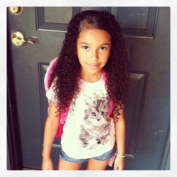 Pretty Teenage Mixed Girls in Dresses Tumblr
