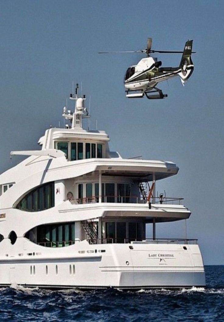 "Coming in for a landing on the Yacht ""Lady Christine"""