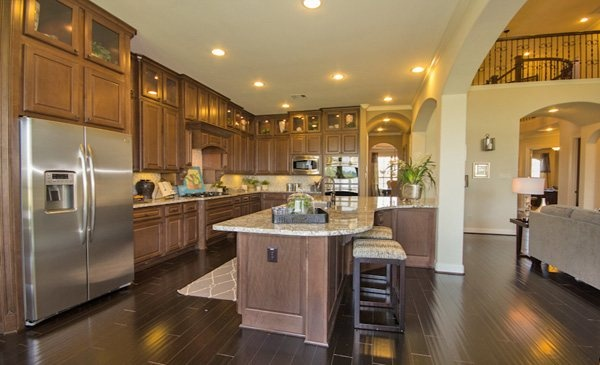 Kingston Kitchen By Village Builders A Lennar Luxury Brand Village Builders A Lennar Luxury