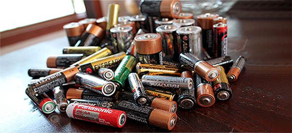 How To Recharge Alkaline Batteries Ask A Prepper Alkaline Battery Batteries Diy Batteries