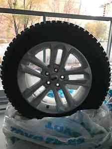 4 Pneus hiver neufs montés sur MAG d'origines  Ford, 245/60 R18