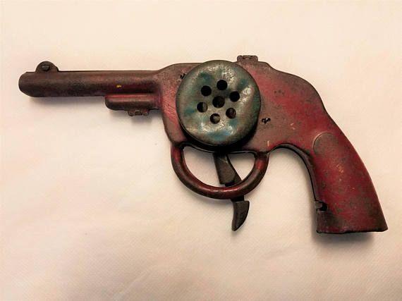 1936 Melvin Purvis G-man Siren Alarm Pistol  Cereal Premium