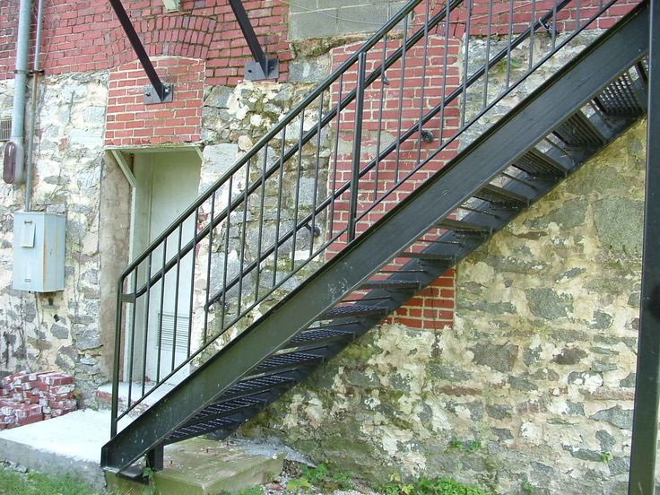 Outside metal staircase cute pinterest metals for Staircase exterior design