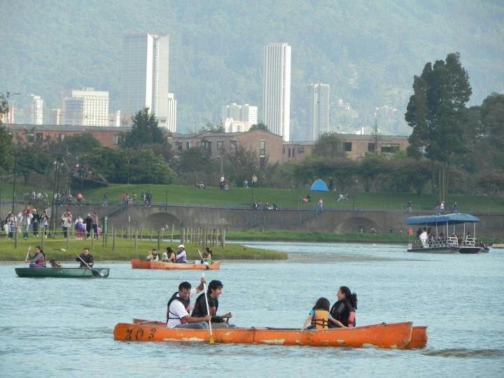 Parque Simon Bolivar en #Bogota via el grupo i love bogota de facebook