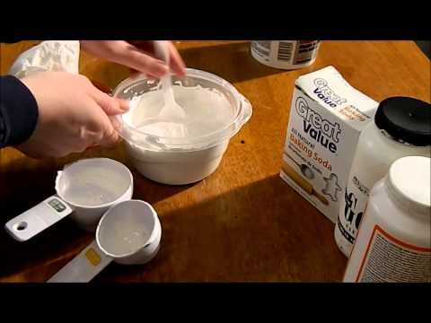 ▶ Homemade Texture Paste and Update on Gesso! - YouTube Using baking soda instead of baby powder.  No fragrance and less expensive and a tiny bit grittier.