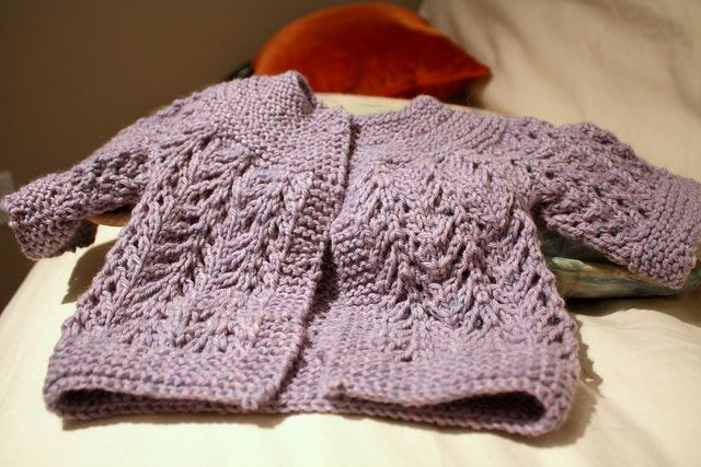 A quick and easy classic cardigan sweater for those last minute shower gifts. #cardigan #baby #gift