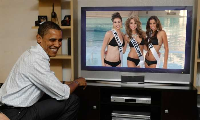 Marelisa Gibson Miss Universe Venezuela 2010, Desirée van den Berg Miss Universe Netherlands 2010 and Malika Menard Miss Universe France 2010 watch live Obama