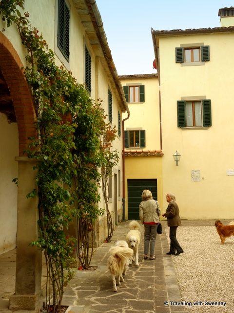An Italian Dream at Villa La Collina looks like a fabulous place to spend a romantic getaway.