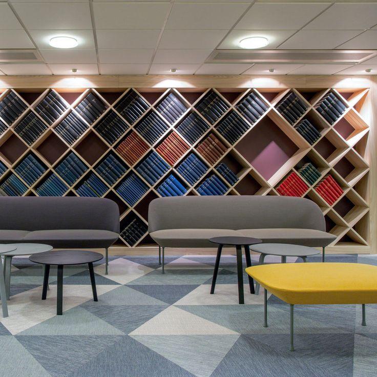 De oslo serie van muuto bestaat uit een bankje lounge fauteuil en poef het luchtige ontwerp is - Fotolounge ontwerp ...